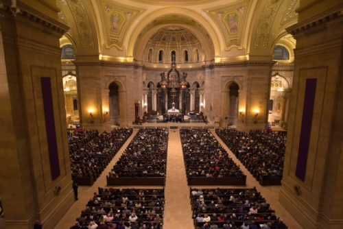 Eric Whitacre Singers live at the Cathedral of St Paul, Minnesota